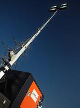Плавучая буксируемая электростанция и осветительная автономная установка 2 в 1 (осветительная вышка со встроенной электростанцией ДГУ, солнечные панели, ветрогенератор) Аргус Посейдон